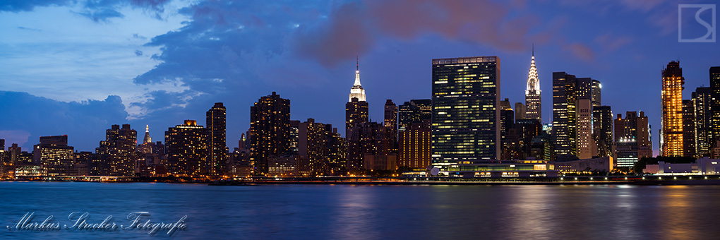 Midtown Manhattan New York Skyline